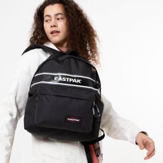 Eastpak Padded Pak'r Sac à Dos K49 Black Snap porté mannequin