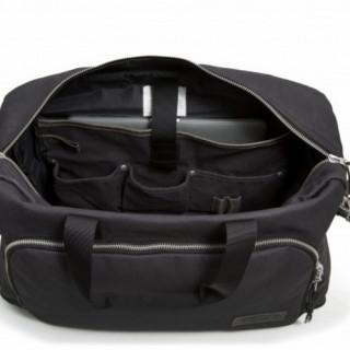 """Eastpak Dokit sac de voyages et sac pour Pc portable 118.4"""" Constructed Black OUVERT"""