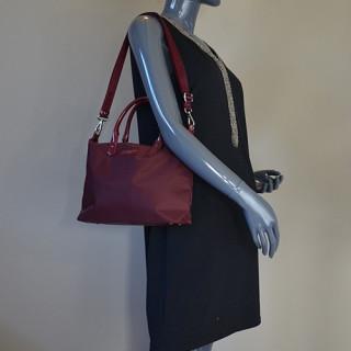Lancaster Basic Verni Sac Shopping 514-66 Bordeaux porté