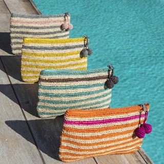L'Atelier du Crochet Pochette Crochet Holi Rouge Bleu Jean