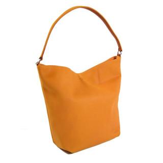 sac femme cuir porté épaule épice