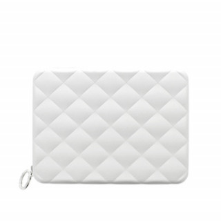 Ogon Quilted Passport dos