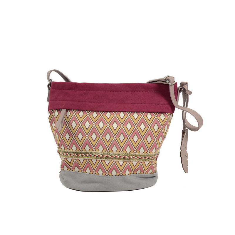 sac seau femme rouge de la marque Farfouillette par Noix d'Arec