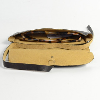 Paul Marius Letuialunettes and Natural Leather Eyewear
