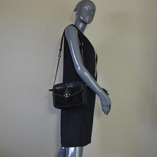 Mila Louise Orélia Vinci Sac Porté Travers Noir porté